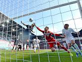 Casteels evenaart wedstrijdaantal van Pfaff in de Bundesliga