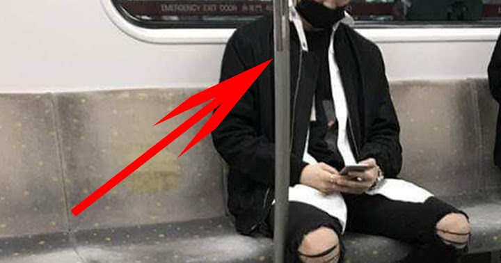 This Famous Male Idol Rides The Subway Like Any Other Person