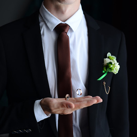 Wedding photographer Maksim Kamenev (FotKAM). Photo of 30.12.2017