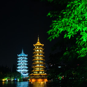 Guillin Pagodas by Pilar Gonzalez - Buildings & Architecture Other Exteriors ( guillin, pagodas, bright night, lake, china,  )
