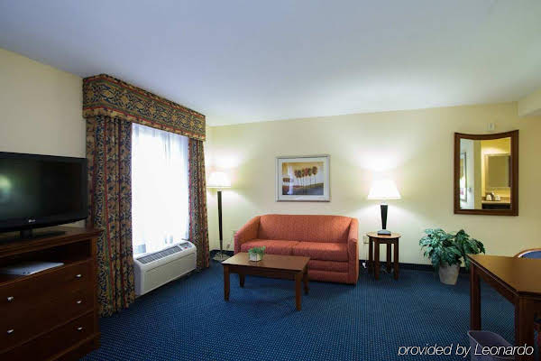 Hampton Inn & Suites Savannah - I-95 South - Gateway