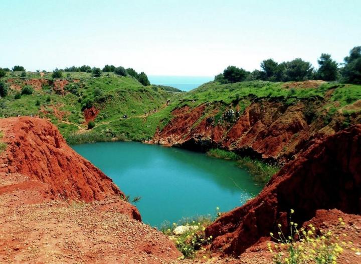 Lago di Bauxite Otranto di Primula Vico