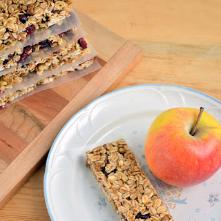 Chewy Cinnamon Cranberry No-Bake Granola Bars