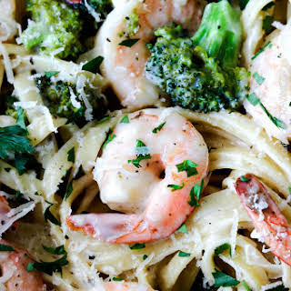 30 Minute Roasted Shrimp and Broccoli Fettuccine Alfredo (Lightened up!).
