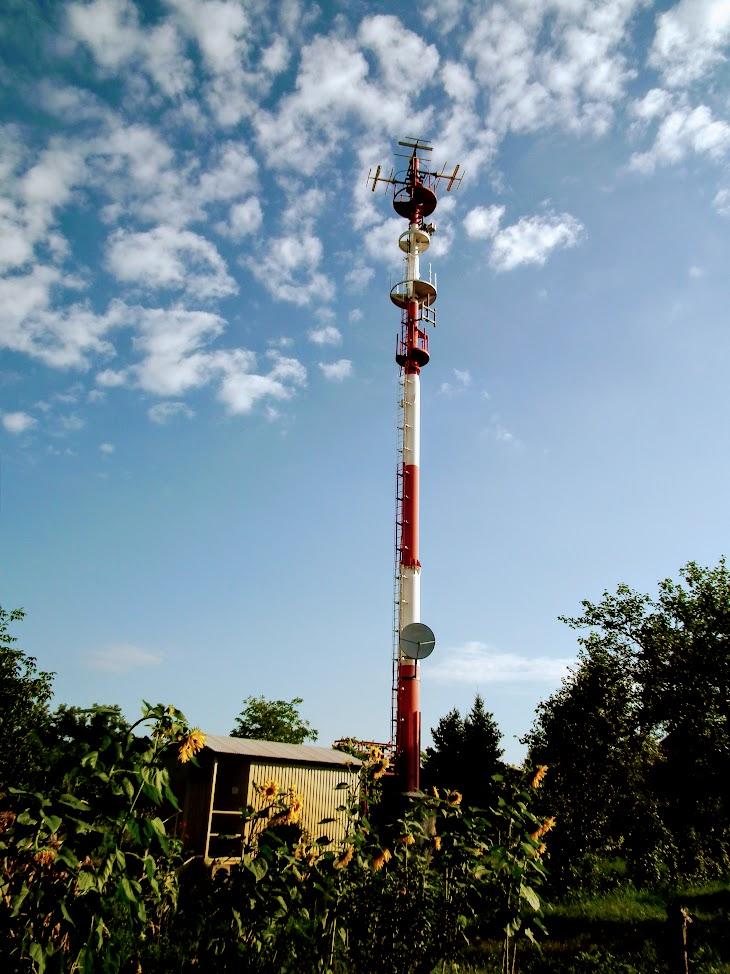 Kiskunhalas/Sóstó - helyi URH-FM adóállomás