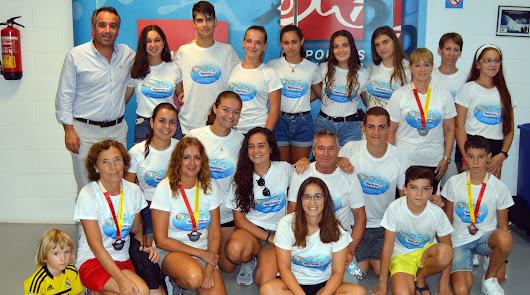 El concejal de Deportes, Juanjo Segura, recibe al club 'Los Troncos'