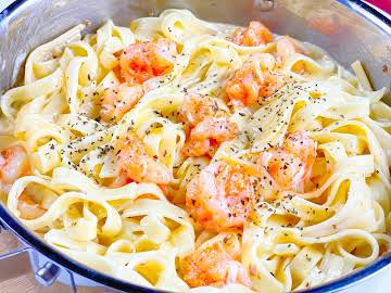 How To Make Shrimp Alfredo In One Pot – 30 Minute Meal - All Too Yummy