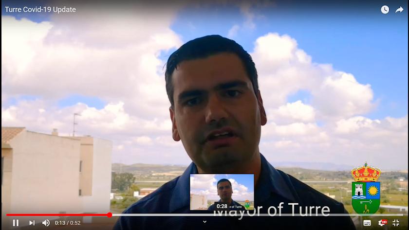 El alcalde de Turre se dirige a los vecinos del pueblo a través de Facebook.