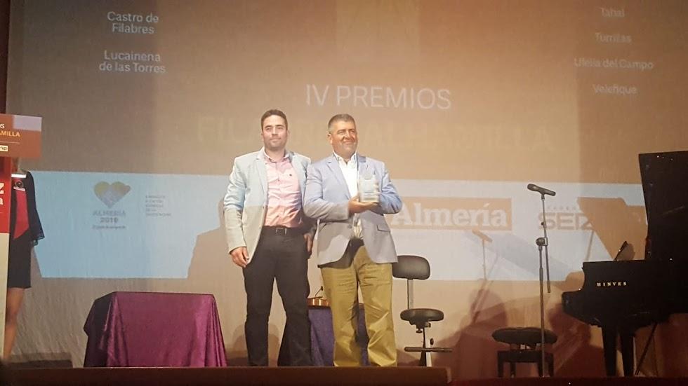 Construcciones Monteagud, premio Empresa. Recoge Salvador Pérez.