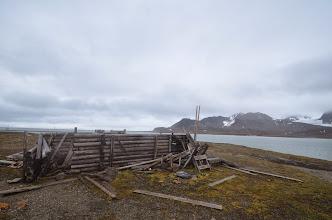 Photo: la maison vue d'un peu plus loin, le Leenan en fond