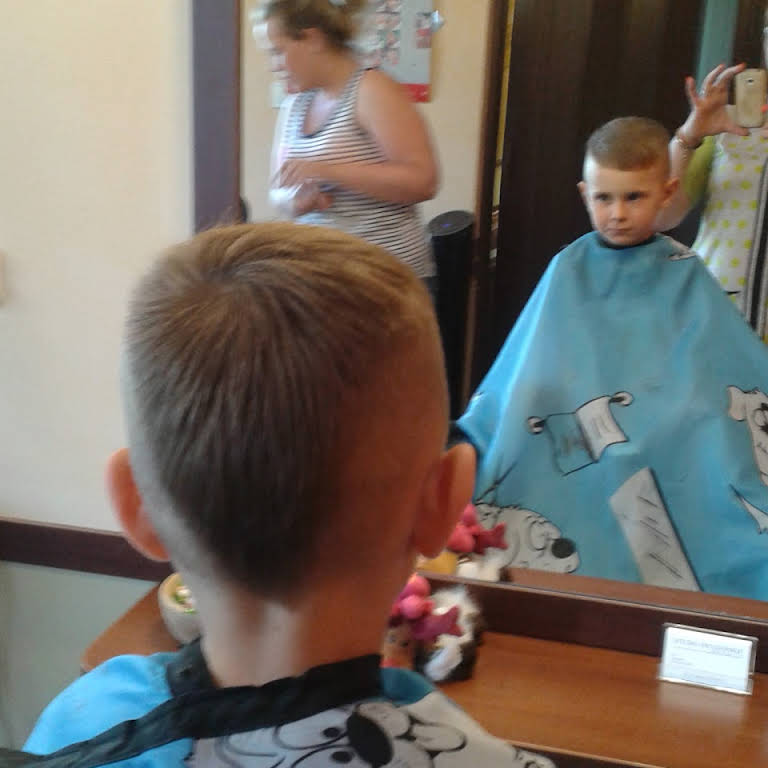 Salon Fryzjerski Ursynów Strzyżenie Damskie I Męskie Fryzury