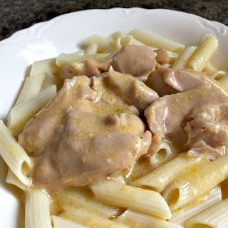 Crockpot Cheesy Garlic Chicken.