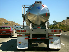 Photo: Liquified gas truck.  I-5, San Fran to LA.