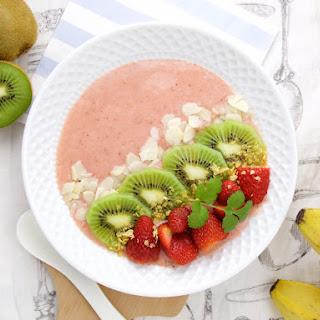 Kiwi, Strawberry, Banana With Almond Milk Smoothie Bowl.