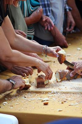 distribuzione del pane di Gero
