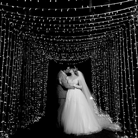 Wedding photographer Salatiel Cordeiro (salacordeiro). Photo of 14.12.2017