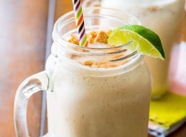 Key Lime Pie Milkshakes Recipe