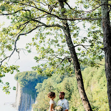 Wedding photographer Viktoriya Kompaniec (kompanyasha). Photo of 10.07.2017