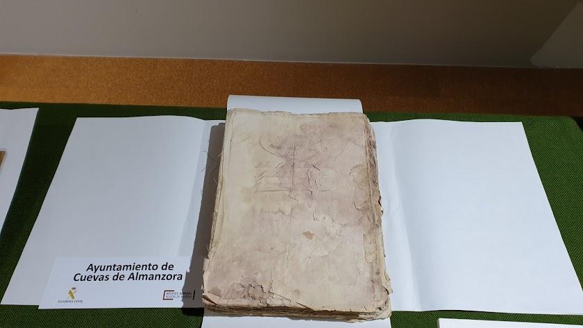 Las actas capitulares de Cuevas del Almanzora recuperadas en la operación