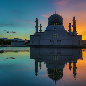 Calm & warmth.. by Rustam Razali - Buildings & Architecture Places of Worship (  )