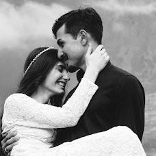 Wedding photographer Ekaterina Kolomarova (katesalat). Photo of 02.12.2016