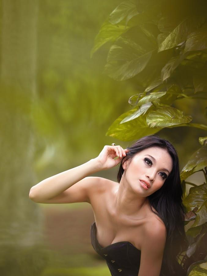 .:: Portrait of Love ::. by Edo Pondaang - People Portraits of Women