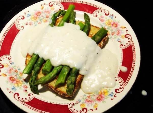 Steamed Asparagus On Toast W/pepperd Milk Gravy Recipe