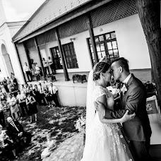 Свадебный фотограф Gábor Badics (badics). Фотография от 30.08.2019
