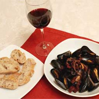 Rioja Steamed Mussels with Chorizo