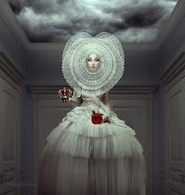 Photo: White Queen by Natalie Shau