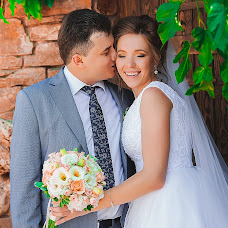 Wedding photographer Elvira Lukashevich (teshelvira). Photo of 05.11.2017