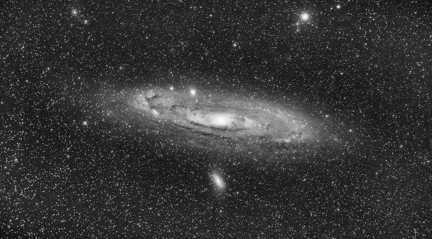 Photo: Andromeda Galaxy (M31) - 2014Nov23 (high contrast B&W picture mode)  Astro-Tech 65EDQ, Hutech HEUIB-II filter, full spectrum Sony A7S, Celestron VX mount, 40x30sec @ ISO 6400,  pre/postprocessed in PixInsight & Lightroom