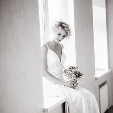 Wedding photographer Anzhelika Saakova (AngelaS). Photo of 31.10.2013