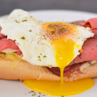 Open Faced Roast Beef Sandwich with Egg and Hashbrowns