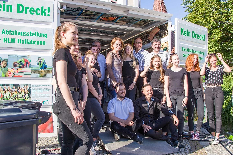 Dein Dreck geht mich an: Vernissage des Kunst-Containers in Krems