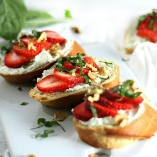 Strawberry, Basil, Honey-Goat Cheese Bruschetta Recipe