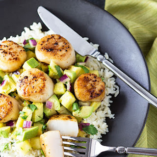 Seared Scallops with Pineapple Avocado Salsa
