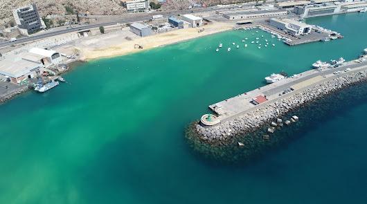 El nuevo Puerto de Almería: un fondeadero, un muelle y un camino al dique exento