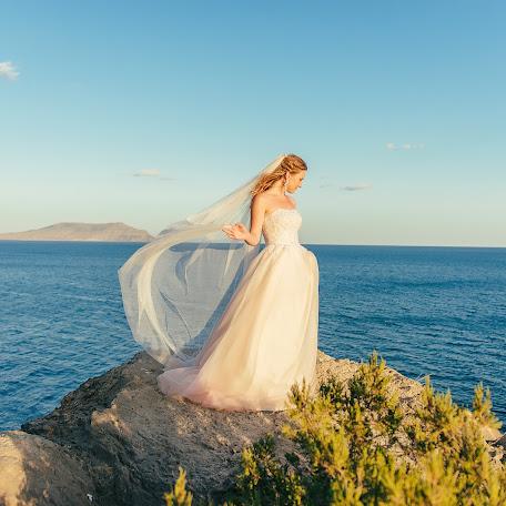 Wedding photographer Nadezhda Akimova (MissAkimova). Photo of 04.02.2017