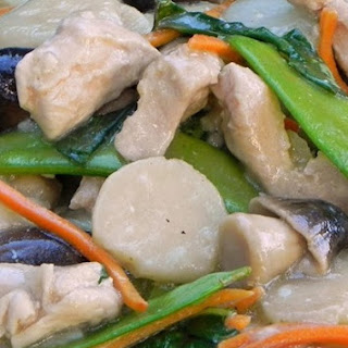 Chicken Moo Goo Gai Pan