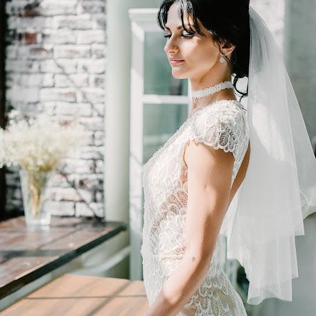 Wedding photographer Olga Borodina (elleole). Photo of 04.12.2017