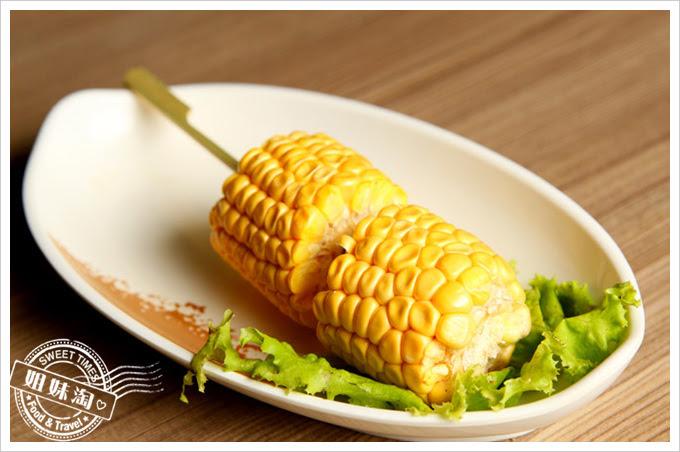 雄出沒岩燒生蠔熱炒餐廳-玉米