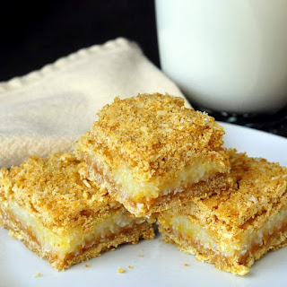 Lemon Graham Crumble Bars.