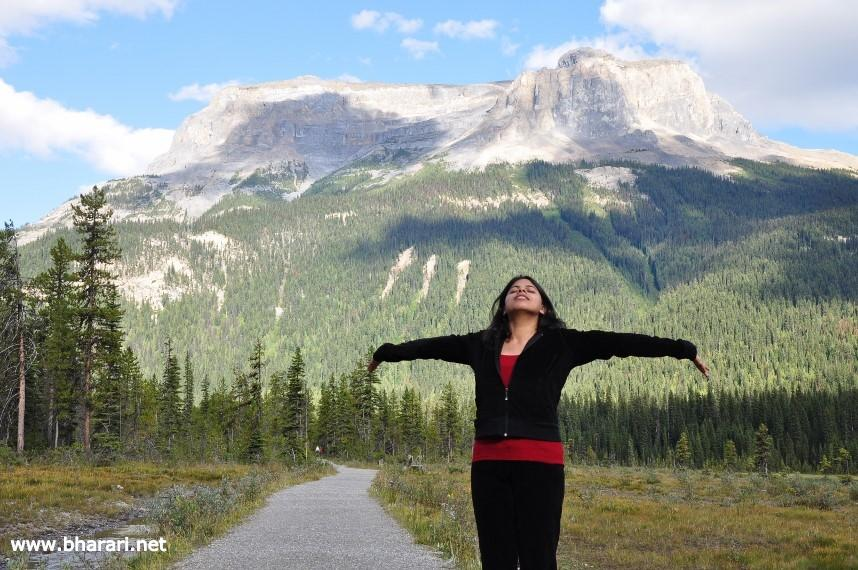 Bhakti - a rare carefree moment captured during the hike around Emerald Lake
