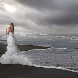 by Frank Quax - Digital Art People ( bride, edit, photoshop, manipulation, creative, photography, landscape )