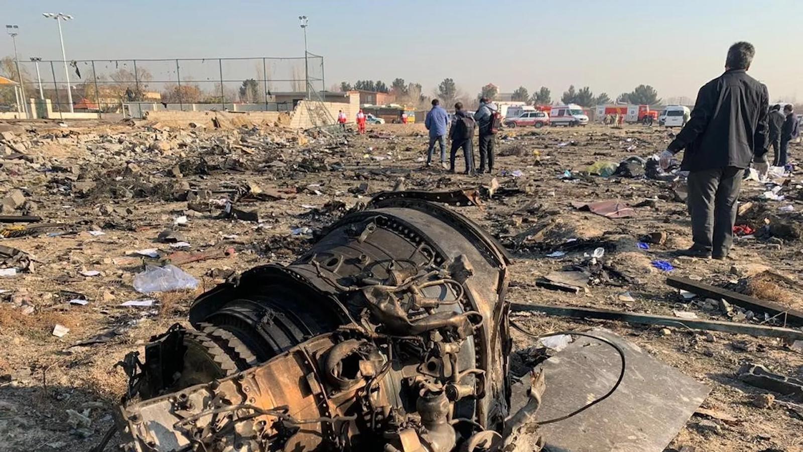 """Irán destruyó un vuelo con 176 pasajeros al """"confundirlo"""" con un misil"""
