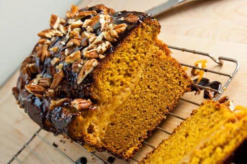 Pumpkin Caramel Cheesecake Turtle Bread Recept | Yummly
