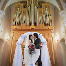 Wedding photographer Alena Steputenko (AlyonaSteputenko). Photo of 26.03.2014
