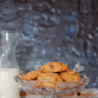 Oatmeal Raisin Cookies | Rise and Shine Breakfast Cookies.