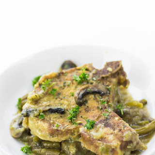 Pressure Cooker Pork Chops with Honey Mustard, Green Beans.